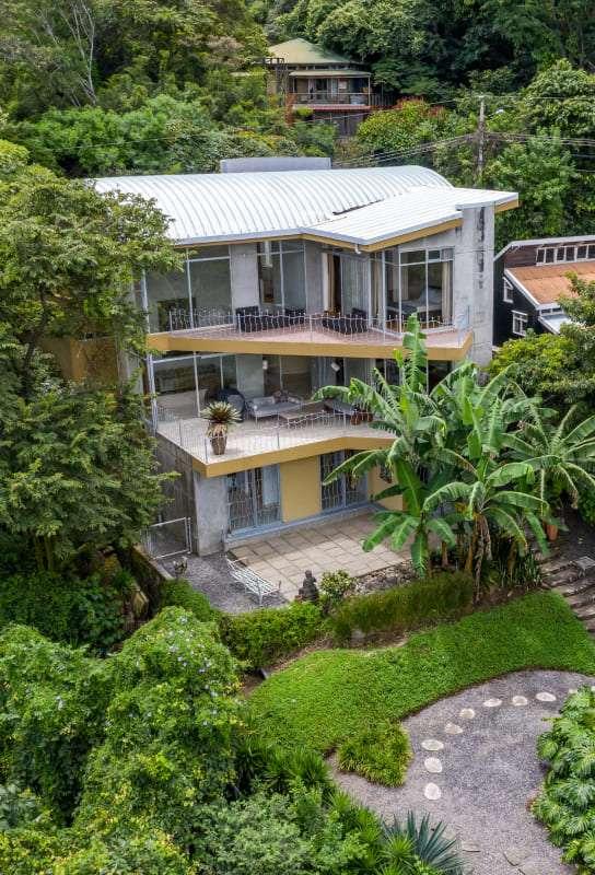 Casa Pacífico